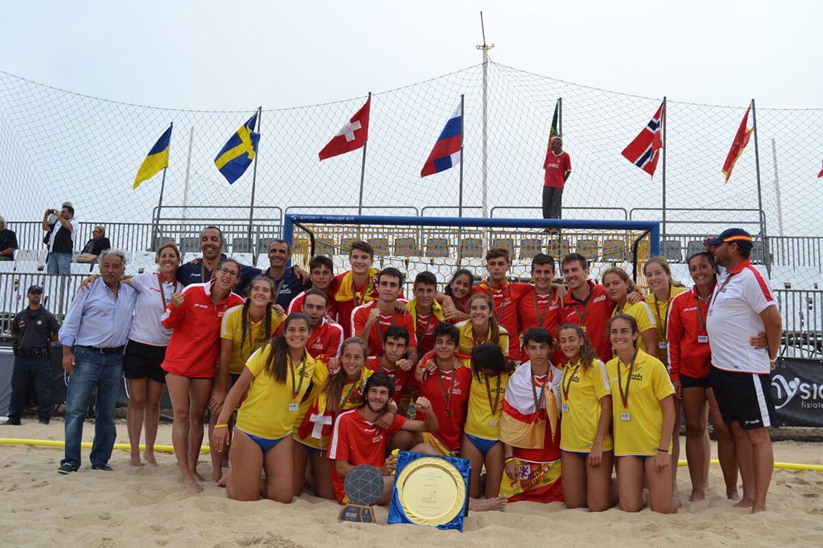 Históricos oro y plata en el Europeo Sub-16 de Balonmano Playa