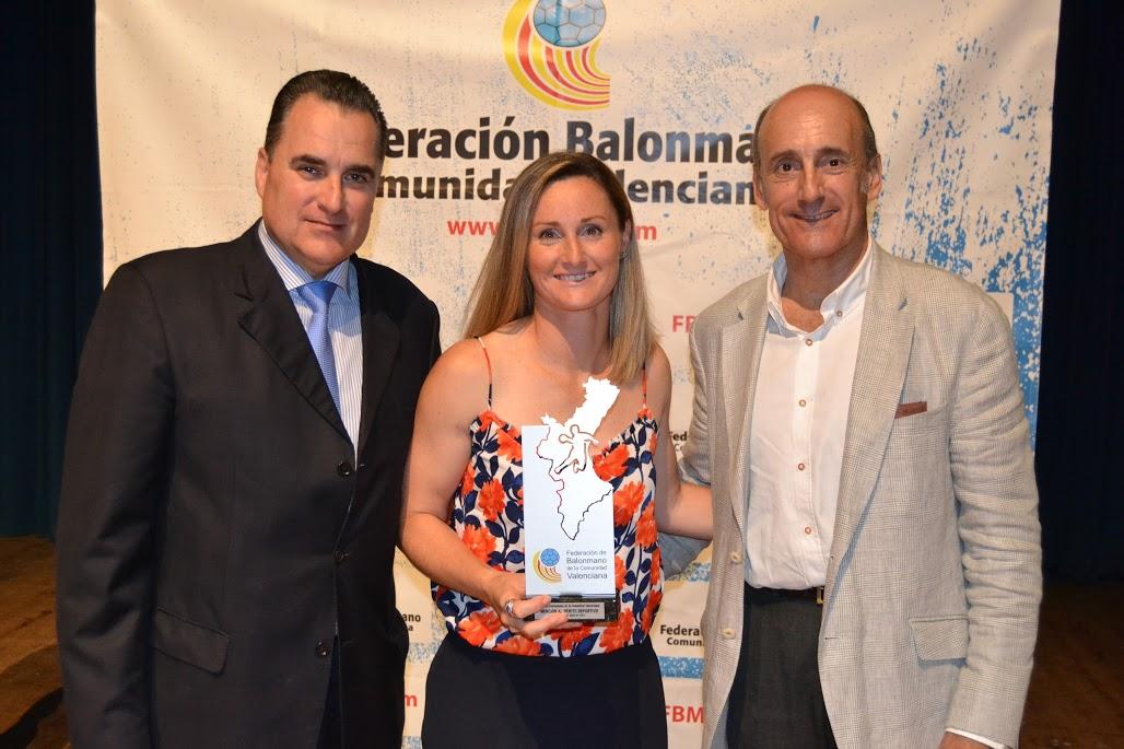 ELDA ALBERGÓ LA GALA DE LA FEDERACIÓN DE BALONMANO DE LA COMUNIDAD VALENCIANA