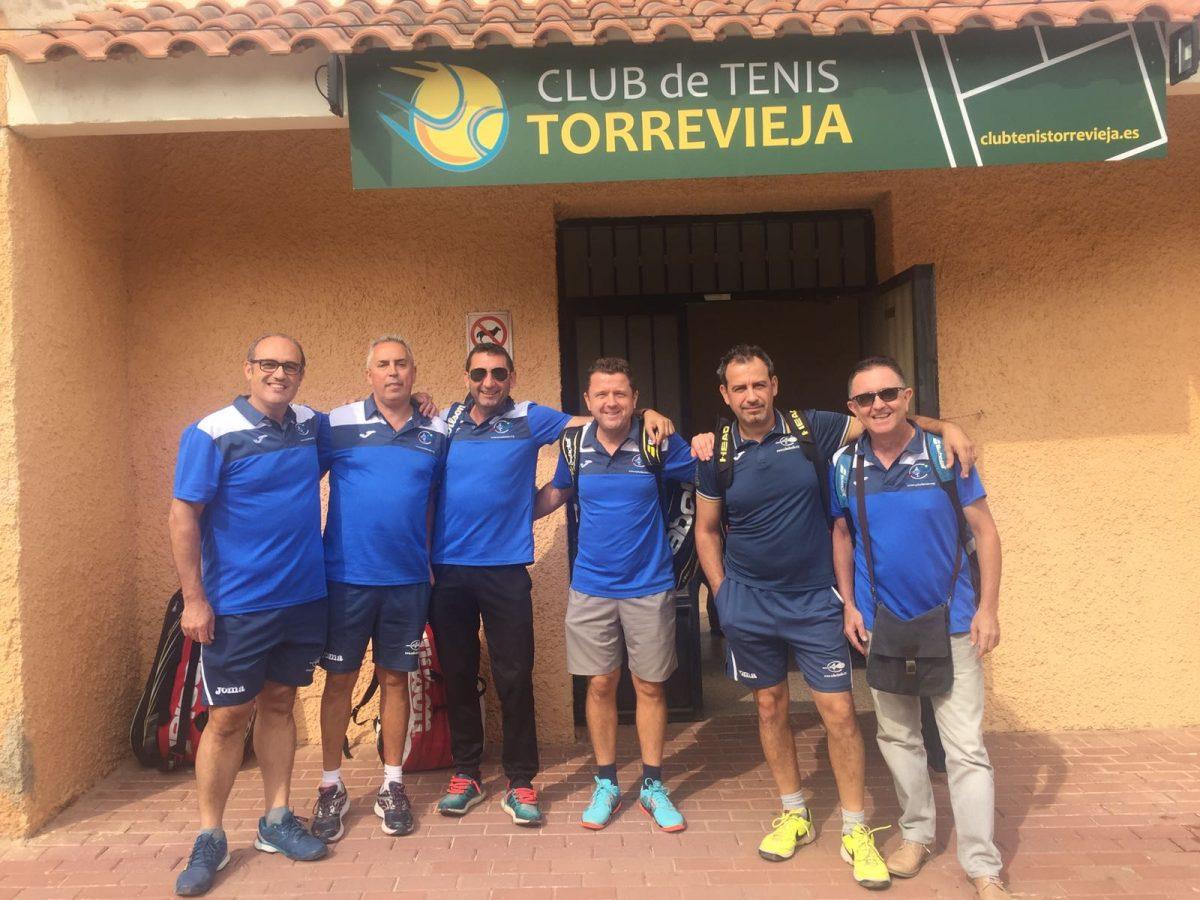 FRENÉTICA ACTIVIDAD DEL CLUB AMIGOS DEL TENIS